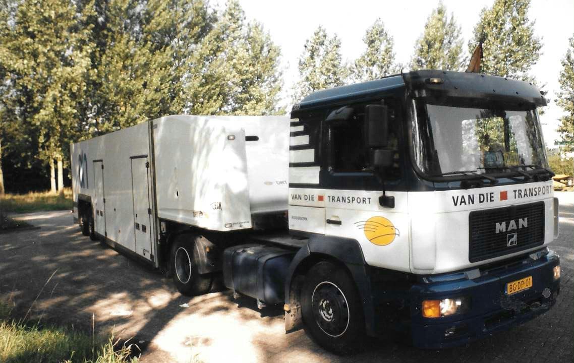 MAN-met-roro-trailer