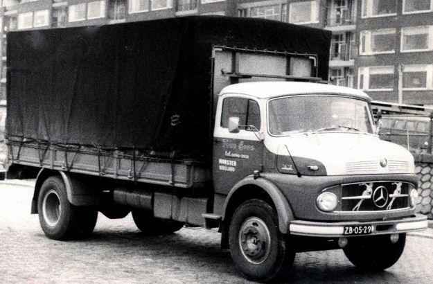 Mercedes-LP--Archief-Gerrit-Frans-Boers-uit-Monster-