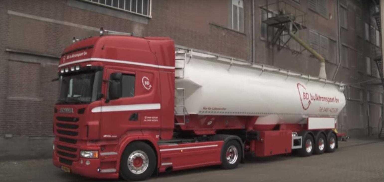 Scania--bulk-hafen-