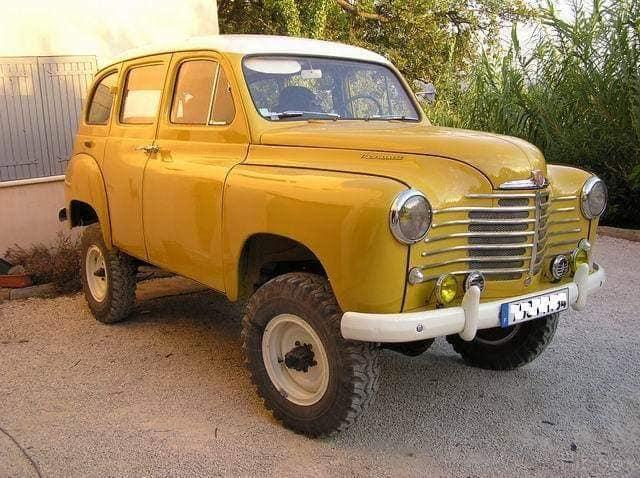 Renault-Prairie-Colorale-4x4---ca-1952-1