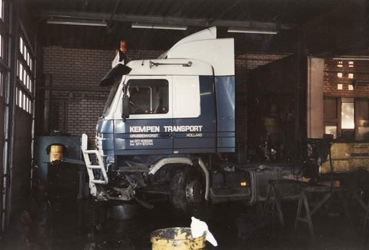 Scania-113-M-360-later