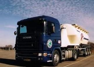 NR-462-Scania-124-360-van-Aart-Snijders-4