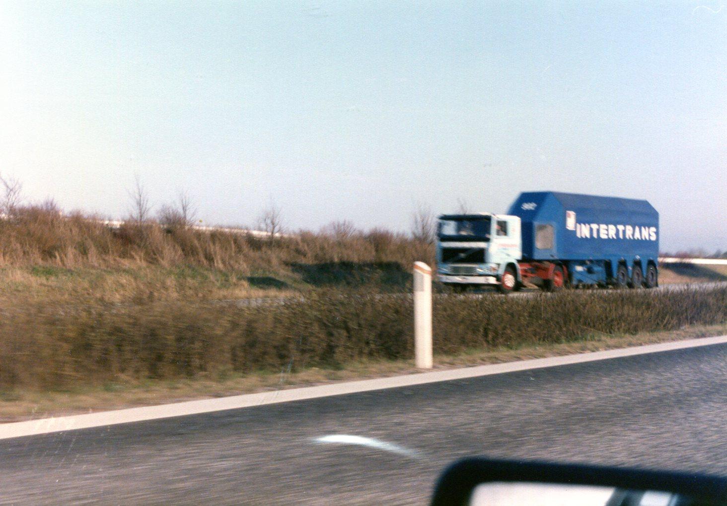 Volvo-glaswagens-4