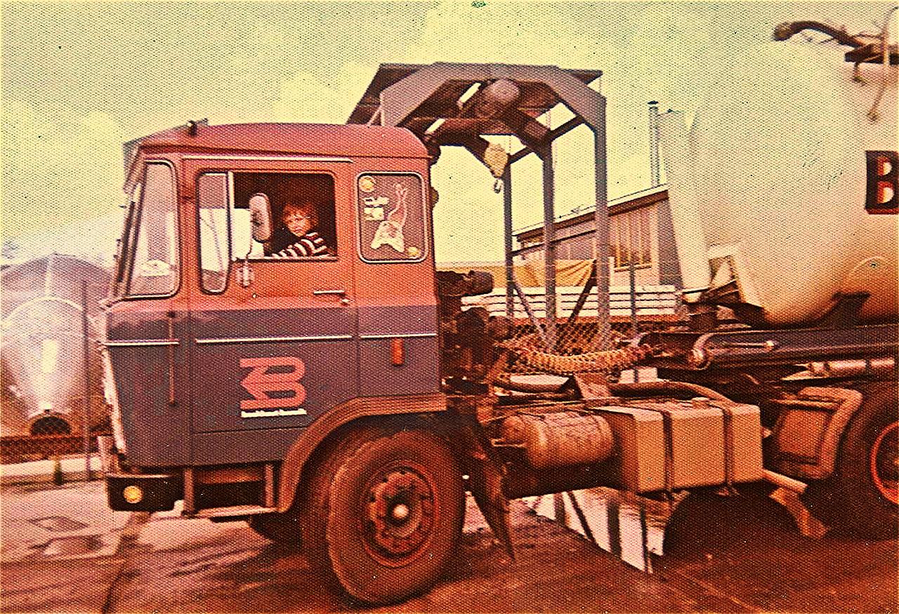 DAF-2600-beginnend-chauffeur--Walter-Pagie-