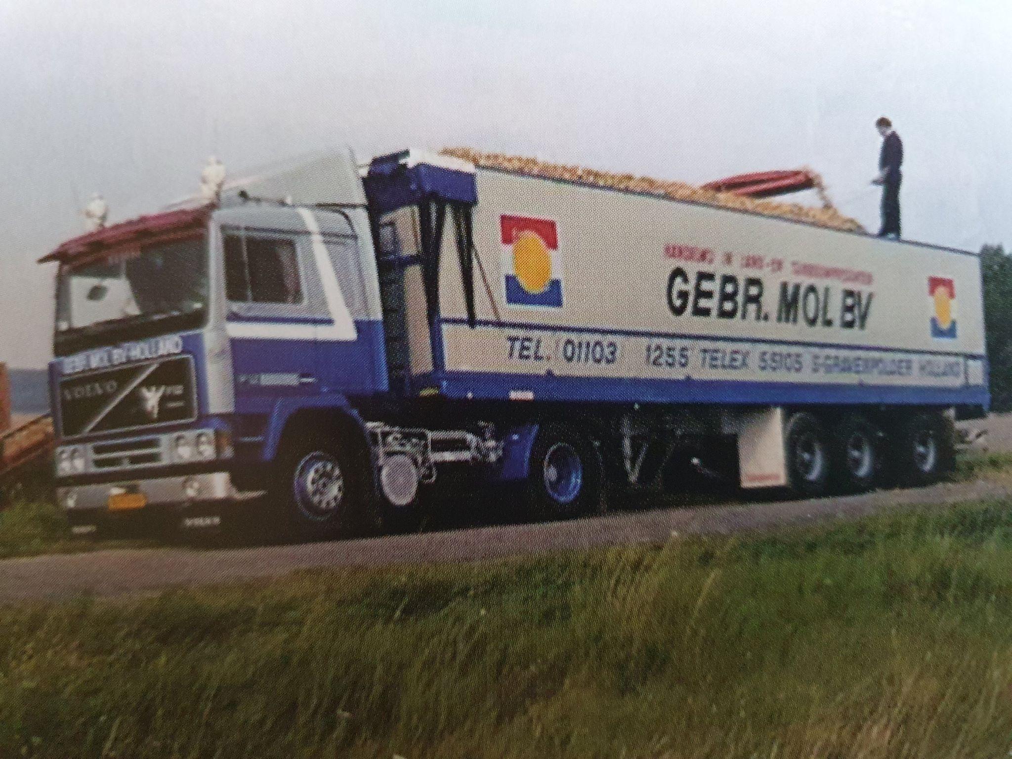 Peter-Dekker-foto-archief-Zijn-vader-was-chauffeur-bij-het-bedrijf-8