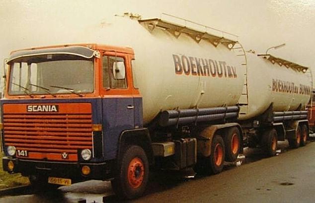 Scania-V8-6X2-2