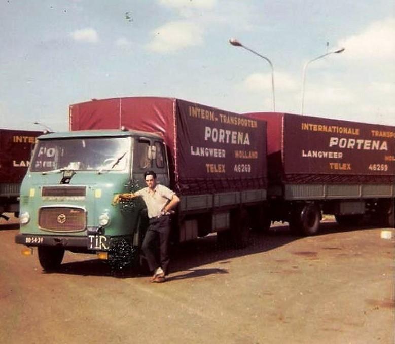 Scania-Chauffeur-Gerrit-Terpstra-uit-Tzummarum--Lolle-Rondaan-archief