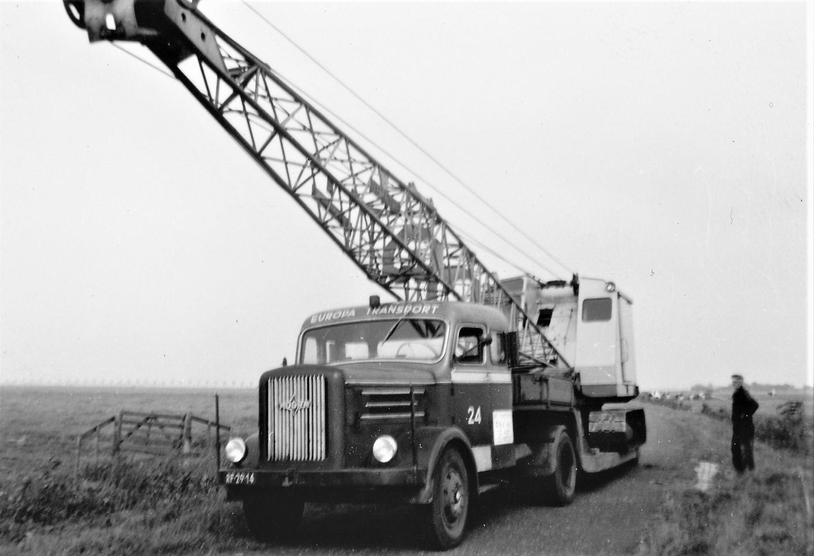 Hogra-1954-1955-samen-stelling-van-de-achternamen-van-Dhr-Hoek-en-de-finacier-Mvr-Gravelaar--5