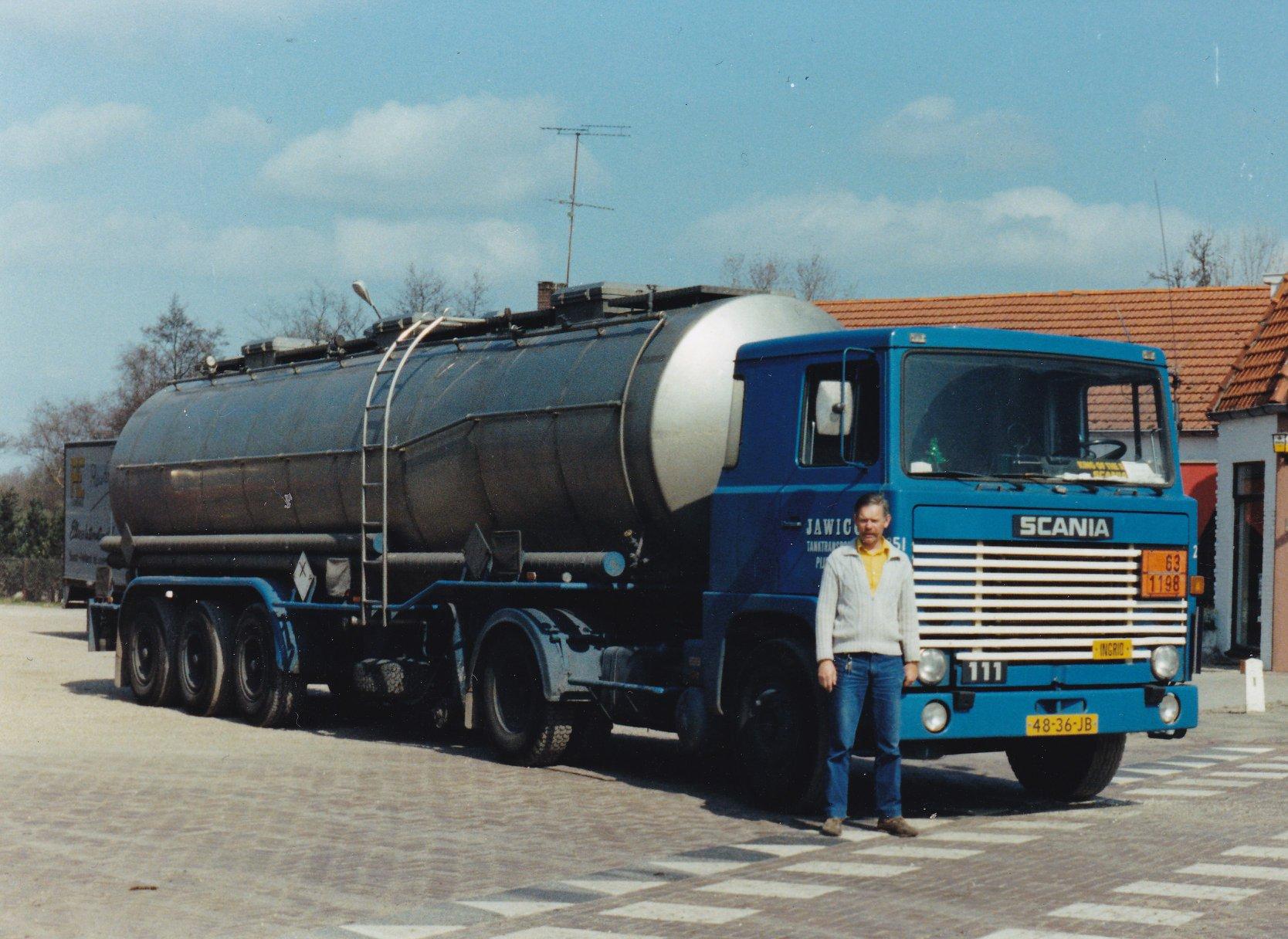 Scania111-48-36-JB--Ad-van-der-Mierden--