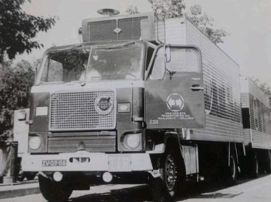 Volvo-eerste-type-toen-nog-in-Naaldwijk-Dirk-Klapwijk-archief-2