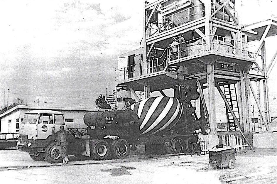 UNIC-T-270-A-6x4--1967-6