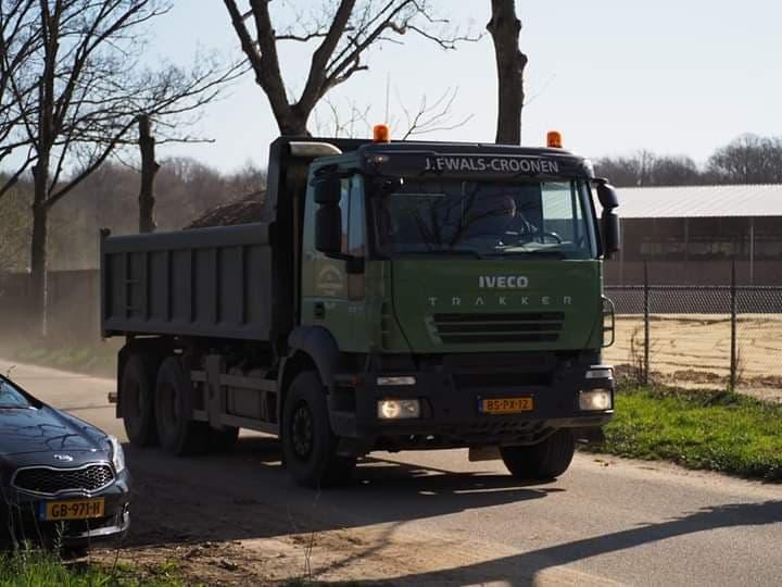 Iveco-6X4