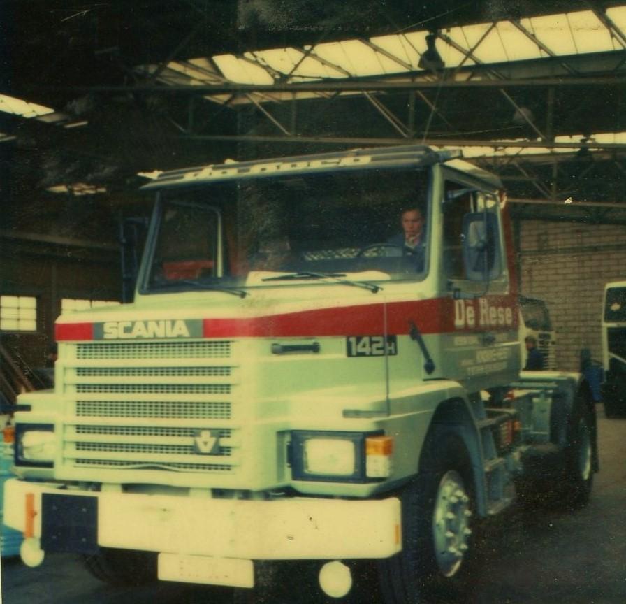 Scania-142-H--Steven-Vandervoorde-archief