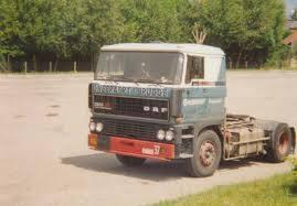 Mike-Aesaert-Foto-zijn-truck-voor-naar-de-UK-te-rijden[1]