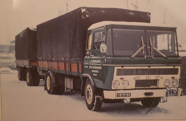 DAF-2600-Adrie-Minnaard-chauffeur--Judith-Marco-Meijer-archief