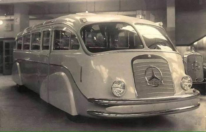 Mercedes--1935-streamlinner-