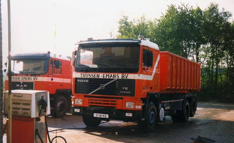 Volvo-F-12--6X2
