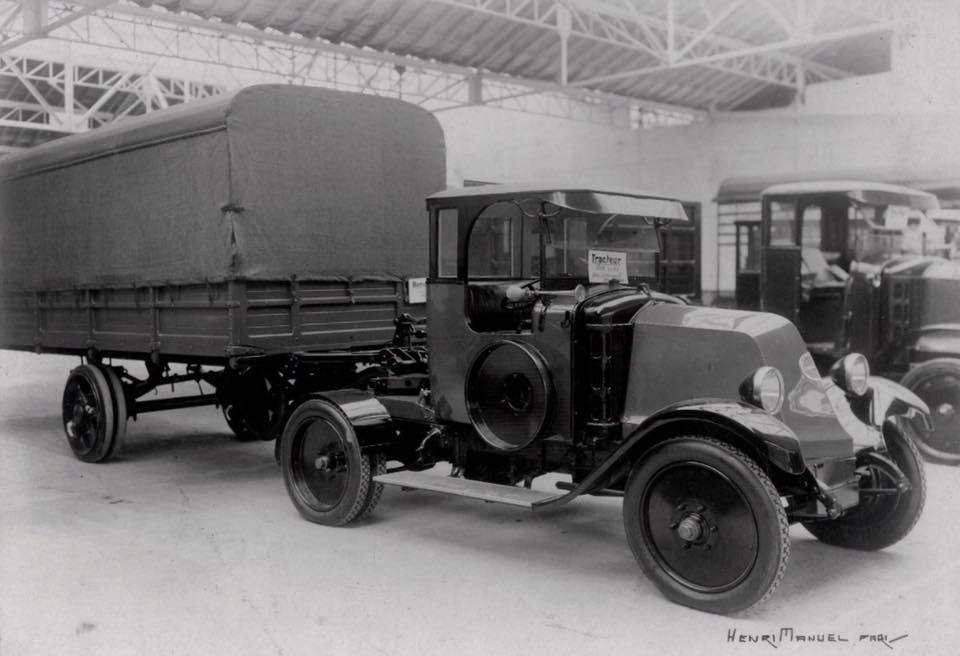 Renault-Tracteurs-2
