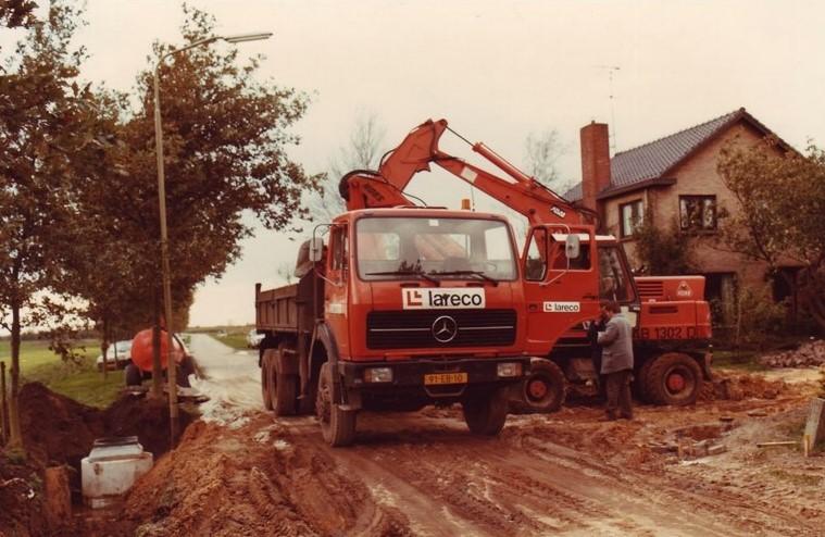 Mercedes--op-de-stand-plaats-Nieuw-Balinge-2