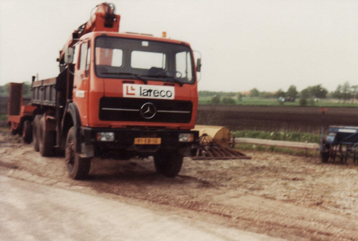 Mercedes-op-de-stand-plaats-Nieuw-Balinge-2