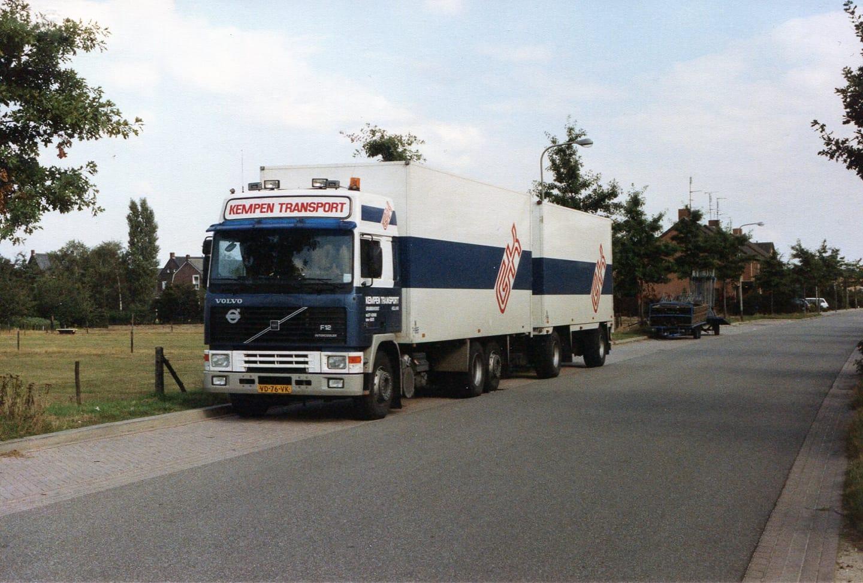 Volvo-F12-Glob--VL-92-HP-chauffeur-Grad--foto-Frank-Coumans-2