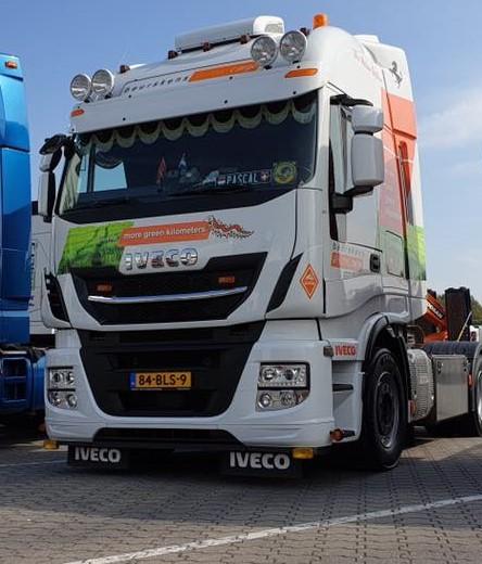 glimmen-tijdens-de-Big-Truck-Trophy-in-Asten-2019--Martijn-Manrho