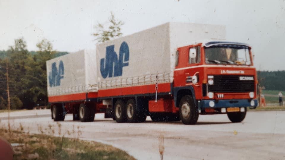 Scania-111-Nieuw-Hans-Faassen-chauffeur-1