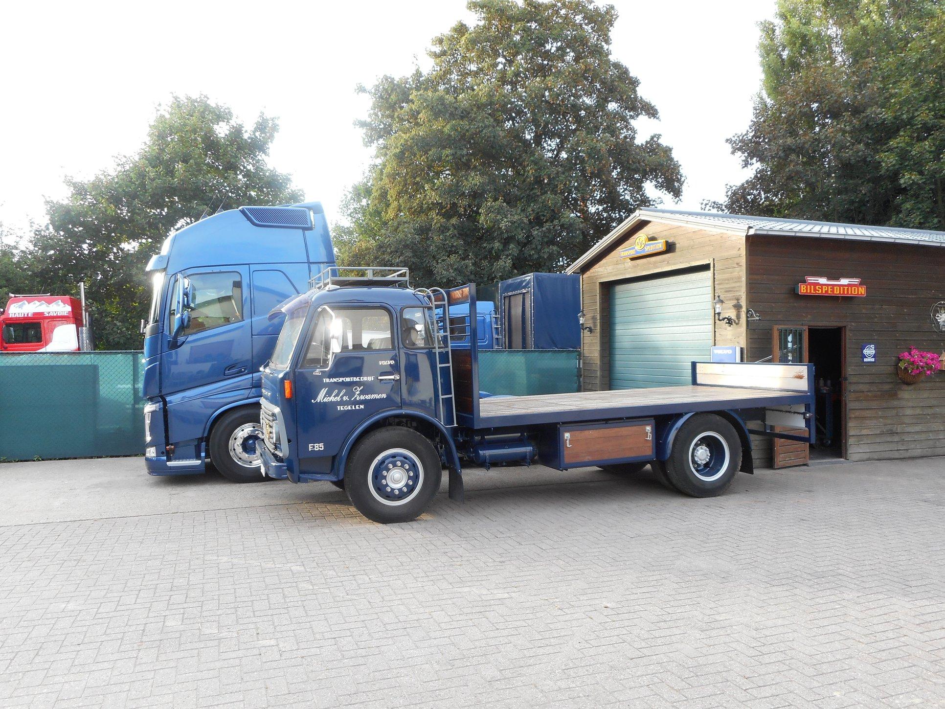 Volvo-groot-en-klein-Michel-van-Zwamen