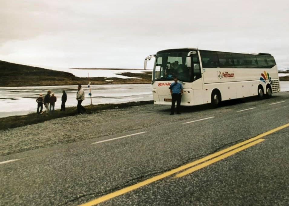 Marcel-Moenen--Hardangervidda-hoogvlakte--het-is-juni-en-de-meren-zijn-nog-bevroren-2