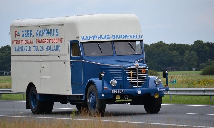 Bussing-SB-32-34-5500-BJ-1952-