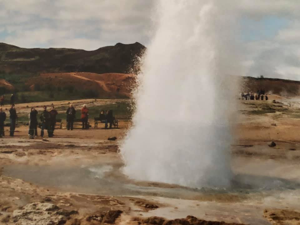 21-Geysir-nabij-Reykjavik-aan-de-Golden-Circle