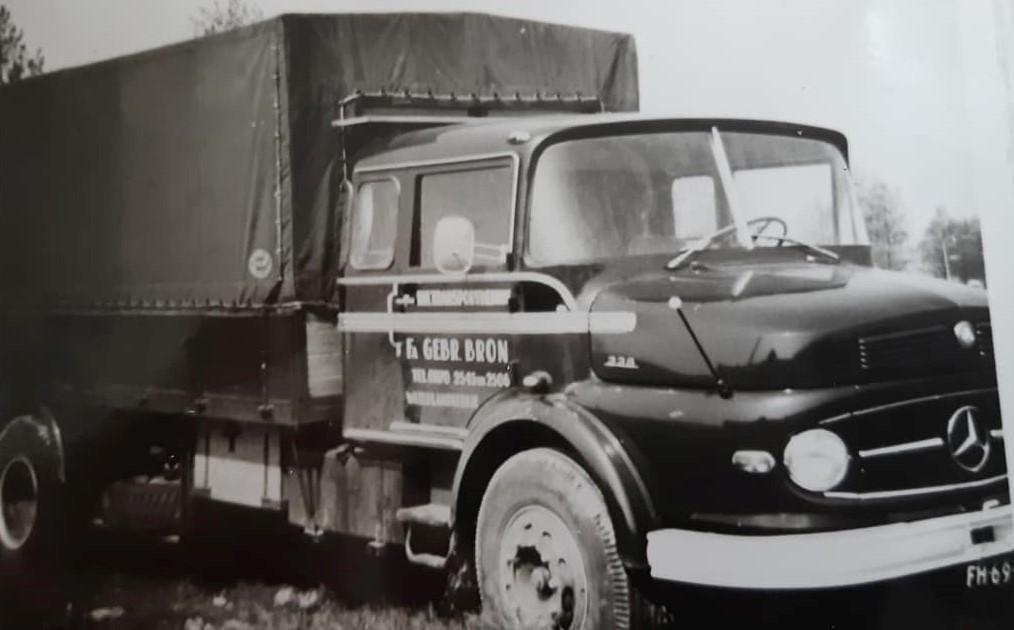 Mercedes-326-LP