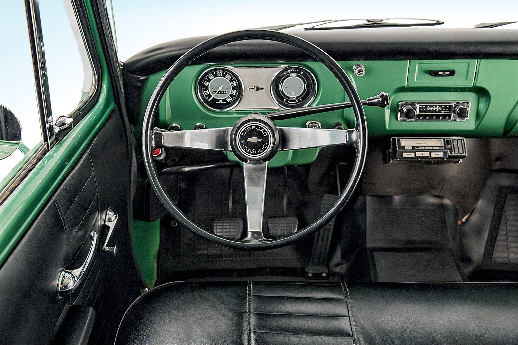 Chevrolet-Veraneio--1964--1994-C-1416-6