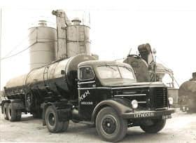 Zwarte-asfalt-wagens-2