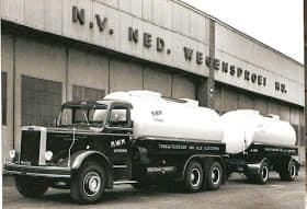 Zwarte-asfalt-wagens-3