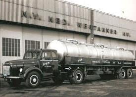 Zwarte-asfalt-wagens-4