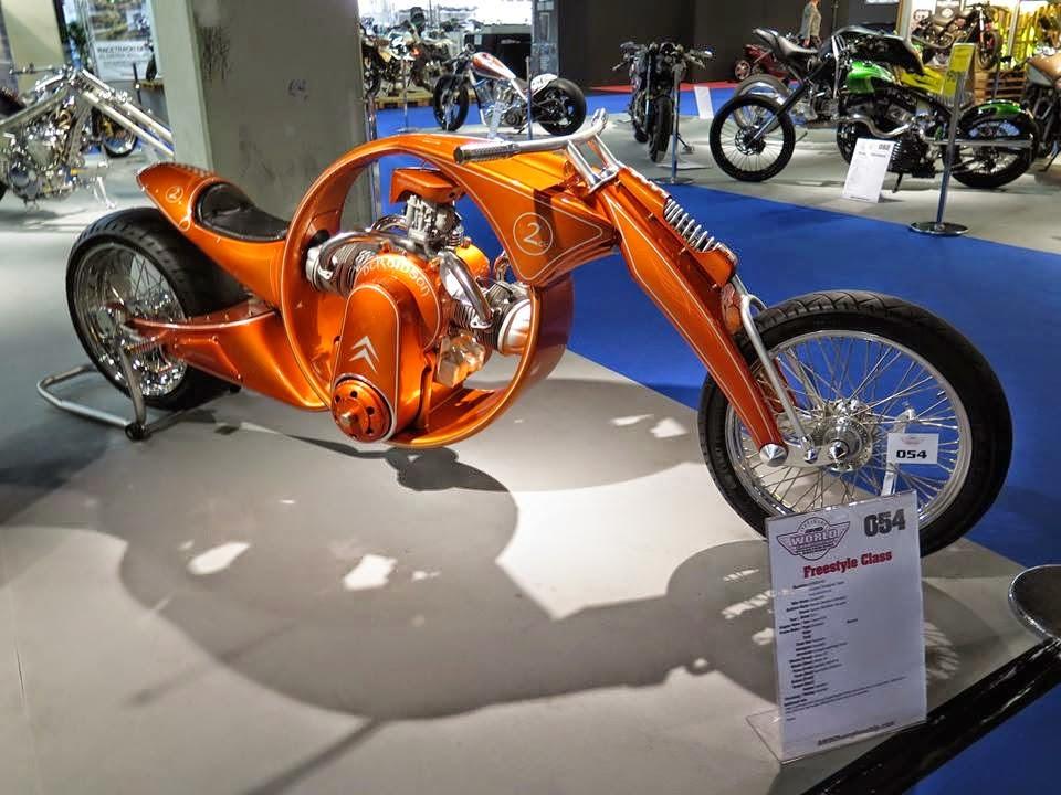 Derbidson-gebouwd-rond-een-Citroen-motor-2--4
