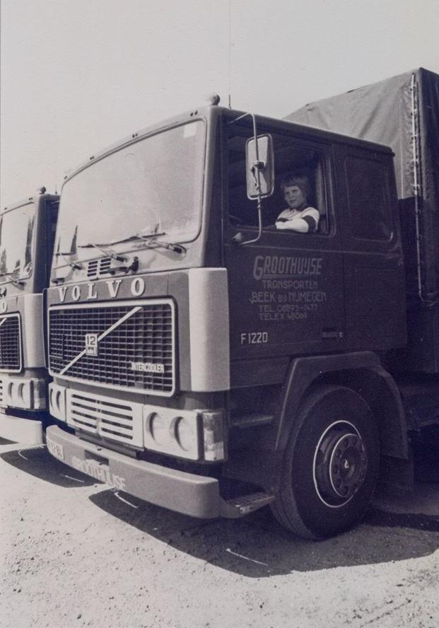 F12-Intercooler-365-PK--Met-een-piep-jonge-Geert-Groothuijse-achter-het-stuur-1