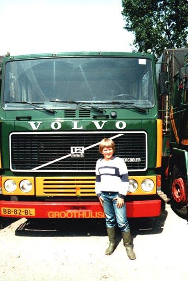 F12-Intercooler-365-PK--Met-een-piep-jonge-Geert-Groothuijse-achter-het-stuur-2