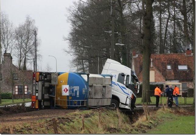 Volvo-in-problemen--18-2-2015--Gerdi-Kimpe-archief--