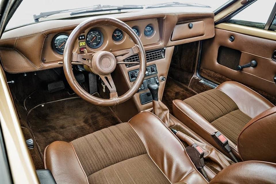 L--Automobile-Ventura-1980-2