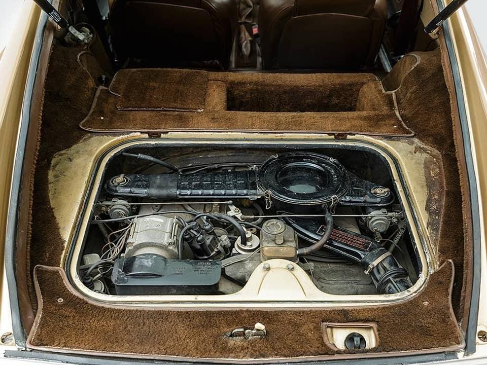L--Automobile-Ventura-1980-3