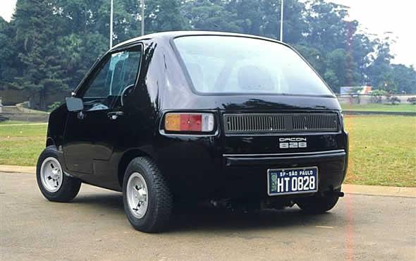 Dacon-828--4X4-Braziliaanse-urban-auto-ontworpen-door-Anisio-Campos.-Het-werd-verkocht-van-1983-tot-juli-1994-2
