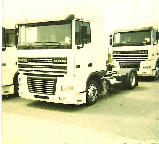 Pascal--Coppers-4-nieuwe-daf-95XF-bij-Allers