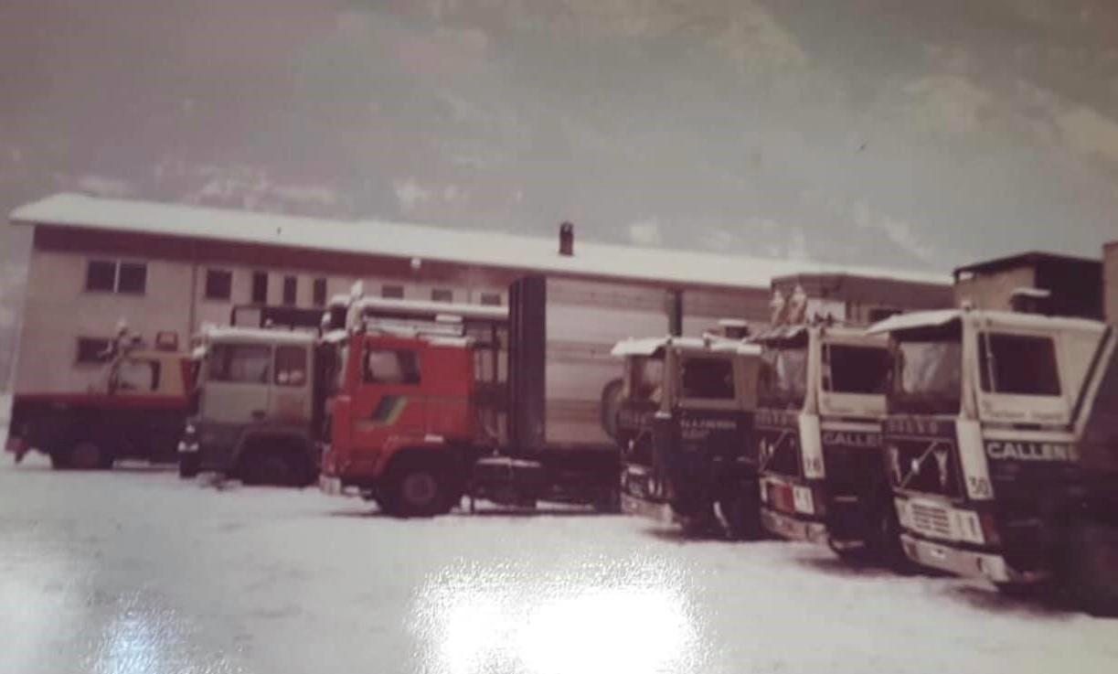 Francky-Callens-foto-voorop-onze--Callens--eerste-2-VOLVO-s-F1020-foto-genomen-na-de-veterinaire-controle--Autoporto-Aosta----2