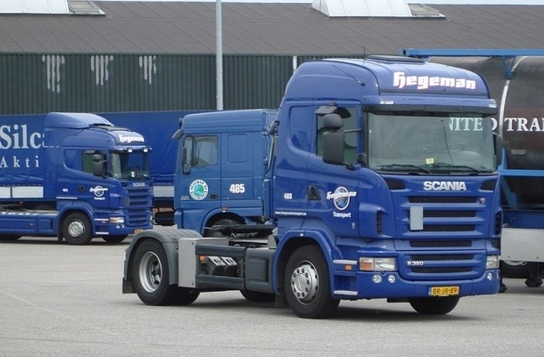 NR-488-Scania-R380-van-Jacob-van-der-Linden--de-bellenblazen-4