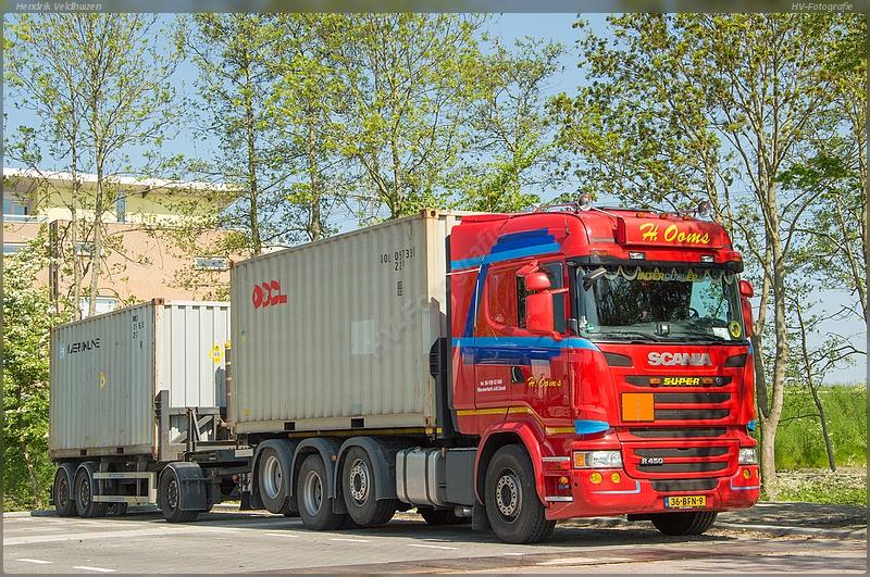 Scania--8-x2