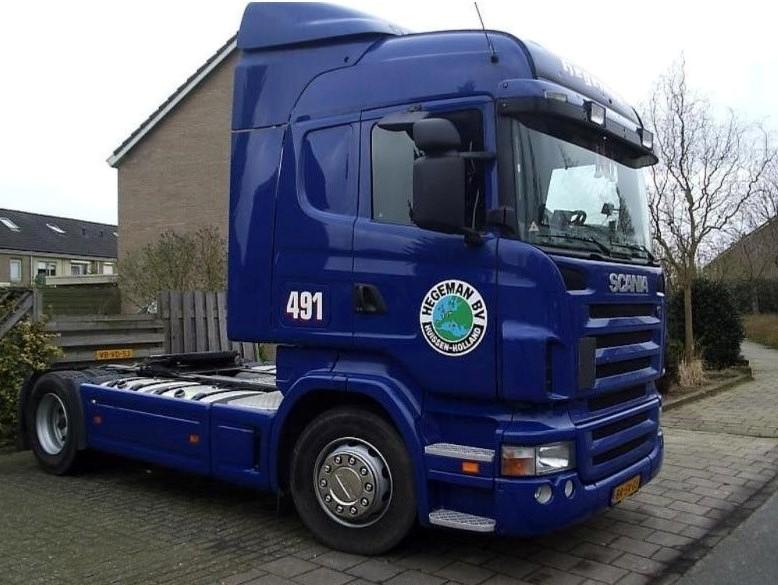 NR-491-Scania-R380-van-Jos-Wouters-heeft-hem-geen-jaar-gehad-kreeg-hij-weer-een-nieuwe-Nick-Brands-was-de-volgende-chauffeur-op-deze-wagen-3