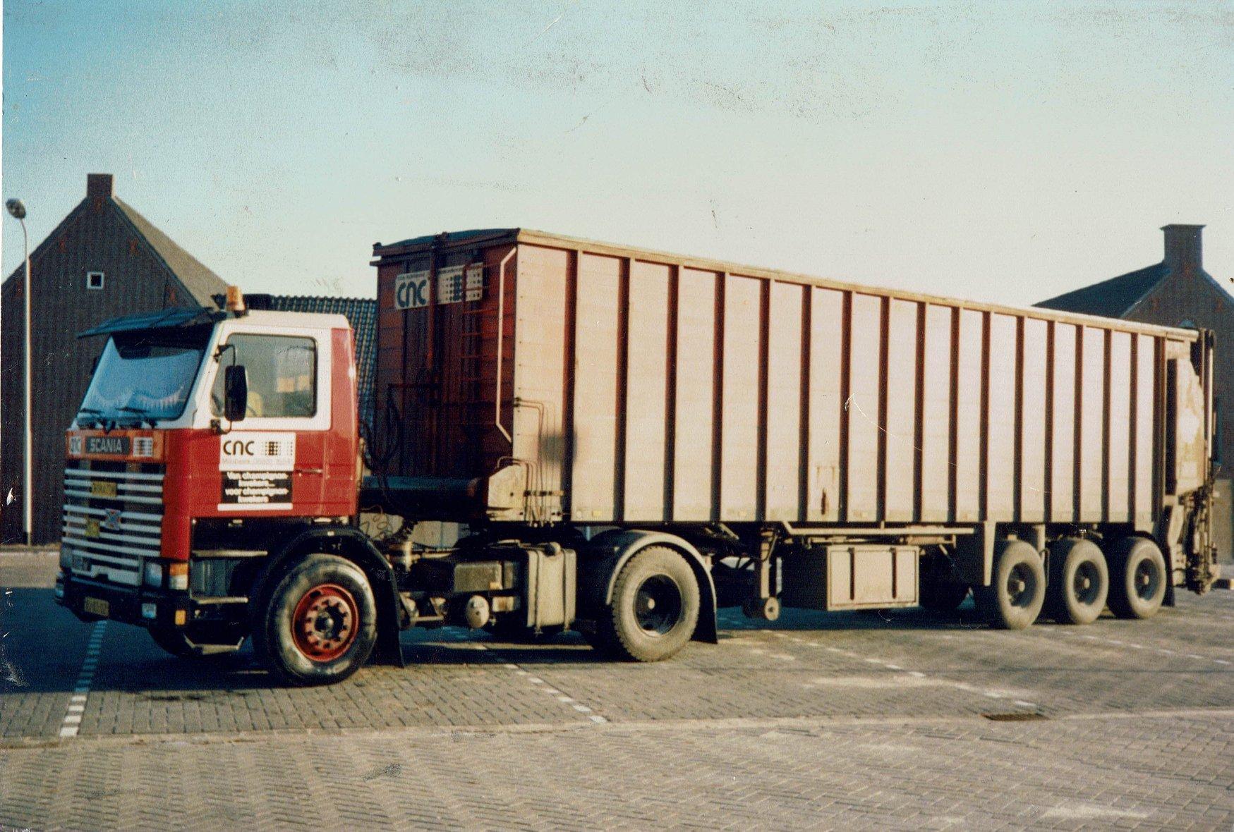 Scania-112m-BJ-83-DZ--Henry-Guelen-foto-