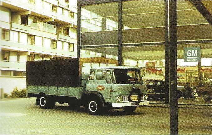 1973-Bedford-die-met-een-motor-500-000km-heeft-gereden